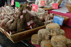 DSCF6925 (sacoped) Tags: ft2 france provence laragnemontéglin marché fuji p2019