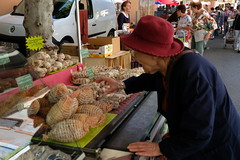 DSCF6923 (sacoped) Tags: ft2 france provence laragnemontéglin marché fuji p2019