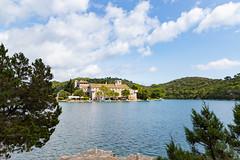 Blick auf die Insel Sankt Maria im Nationalpark Mljet, Kroatien