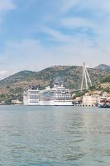 Kreuzfahrtschiffe am Kreuzfahrthafen Dubrovnik in Kroatien