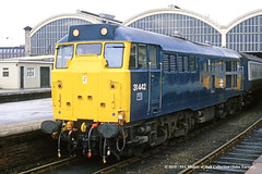 12/07/1984 - Hull (Paragon), East Yorkshire. (53A Models) Tags: britishrail brush type2 class31 31442 diesel passenger hull paragon eastyorkshire train railway locomotive railroad