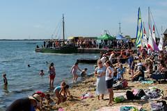 Leigh Regatta 2019 (ho_hokus) Tags: uk england beach boat riverthames essex leighonsea oldleigh endeavour 2019 thamesestuary leighregatta essexcoast strandwharf fujix20 fujifilmx20