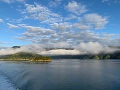 Touch the cloud (On Instagram @Rachel_Joanne) Tags: clouds cloudporn marlborough marlboroughsounds southisland newzealand aotearoa nzmustdo purenz nz iphonography