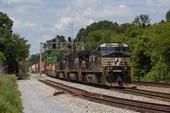 Typical Nachos (travisnewman100) Tags: norfolk southern ns train railroad freight intermodal container 22n aragon georgia division atlanta north district ge c449w es40dc rr signal bridge