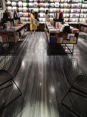 2019-09-FL-221982 (acme london) Tags: beijing bookstore bookmatchedmarble bookmatchedstone china interior luxury mall retail skpmall sybarite