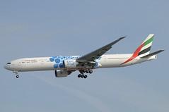 A6-EGB (LIAM J McMANUS - Manchester Airport Photostream) Tags: a6egb emirates ek uae expo2020 dubaiuae boeing b777 b773 773 b77w 77w boeing777 boeing777300 boeing777300er egcc manchester man