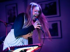 Trallskogen (designladen.com) Tags: konzert concert live p9133067 olympusem1markii olympus olympusm45mmf12 45mm