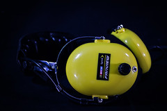 Fanfiew Hradphones-105 (One Arm Don) Tags: headphones nascar races talladega thrifting ebay purehustle hustle reseller reselling thriftstore ebayseller flipping flippin purehustlepodcast resellingcommunity esknives onearmdon retail entrepreneur garagesale productphotography