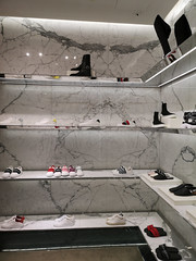 2019-09-FL-221956 (acme london) Tags: beijing bookmatchedmarble china luxury mall retail skpmall sybarite