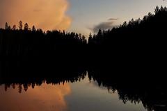 Calmn night sky. (A.Koponen) Tags: canon eosr rf50mmf12l lseries naturephotography night nightphotography lakephotography lake sky cloud