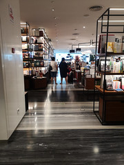 2019-09-FL-221984 (acme london) Tags: beijing bookstore bookmatchedmarble bookmatchedstone china interior luxury mall retail skpmall sybarite