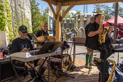 EAE_7405r (crobart) Tags: george kash express band music musicians oktoberfest canadas wonderland cedar fair amusement theme park