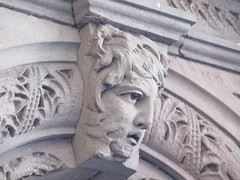 2019 Gargoyle Face above Doorway 25th St NYC 1381 (Brechtbug) Tags: 2019 gargoyle face above doorway building facade 25th street between 7th 8th avenues nyc 09152019 new york city midtown manhattan gargoyles portraits monster portrait monsters creature faces spooky art architecture sculpture keystone mask brownstone brown stone