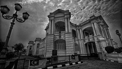 May the Peace of God reign over this nation. (J316) Tags: malaysiaday ipoh ipohcityhall j316 bw free hdr clouds architecture collonial