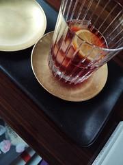 (clascaris) Tags: aladdinsane ice sliceoflemon tanqueray cynarcamparitanqueraylemon japanlacquer heathtray baccaratharmonie