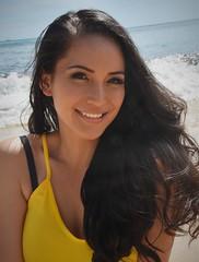 The Real Deal (Ctuna8162) Tags: tia hawaii oahu honolulu waikiki woman lovely smile