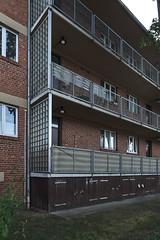 QWZ01030 (qwz) Tags: дессау баухаус dessau bauhaus architecture balcony redbrick