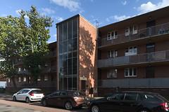 QWZ01036 (qwz) Tags: дессау баухаус dessau bauhaus architecture balcony redbrick
