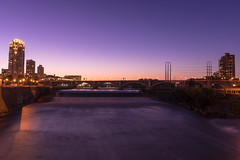 Scenic sunset on the Stone Arch Bridge (hoangphatngox) Tags: canon wide harmony sky light color yellow pink purple scenic t7i 1855mm