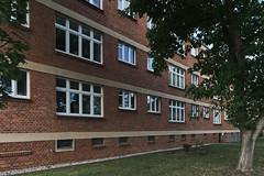 QWZ01024 (qwz) Tags: дессау баухаус dessau bauhaus architecture balcony redbrick