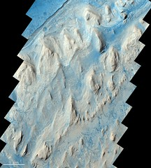 Layering in Gale Crater (europeanspaceagency) Tags: esa europeanspaceagency space universe cosmos spacescience science spacetechnology tech technology exomars mars dunes panorama cool marte esagif sun moon earth solarsystem sol galegrater creativecommons roscosmos