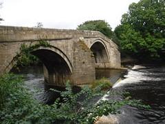 Ilkley 5 (StaircaseInTheDark) Tags: ilkley westyorkshire yorkshire wharfedale yorkshiredales town spatown riverwharfe wharfe river england northernengland northern britain greatbritain uk unitedkingdom