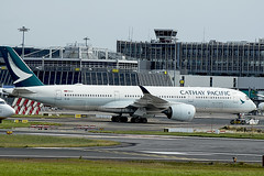B-LRL | Cathay Pacific | Airbus A350-941 | CN 72 | Dublin 2017 | DUB/EIDW 27/07/2019 (Mick Planespotter) Tags: aircraft airport 2019 nik sharpenerpro3 dublinairport collinstown cathay cathaypacific blrl pacific airbus a350941 72 2017 dub eidw 27072019 spotter aviation avgeek plane planespotter airplane aeroplane