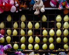San Gennaro (joe holmes) Tags: yellow balloons sangennarofestival