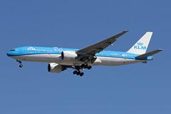 B777-2.PH-BQD-1 (Airliners) Tags: klm royaldutchairlines 777 b777 b7772 b777200 b777206 boeing boeing777 boeing777200 boeing777206 100 100years 100thanniversary sticker iad phbqd 91519