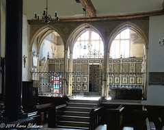 St Mary's Church, Langley, Slough (6) - Kedermister Chapel and Family Pew (karenblakeman) Tags: stmaryschurch church kedermisterchapel kedermisterpew kederminster langley langleymarish slough berkshire 2019 september uk
