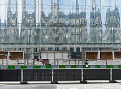 BuildNew.jpg (Klaus Ressmann) Tags: klaus ressmann omd em1 fparis france facade spring cityscape constructionsite design flccity reflection klausressmann omdem1