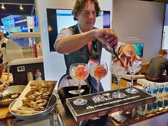 2019-09-14__16.15 Food, Gin, Amsterdam, Rai, Booth, IBC, Hermit, Tonic_1 (Nomadic Mark) Tags: amsterdam booth ibc rai food hermit gin tonic