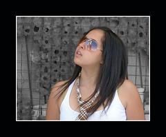 Alejandra (groovysam) Tags: mujer mujeressexys girls girl chica chicasguapas lentes sunglasses retrato retratos portrait portraitphotography portraits frames frame teengirl teen teens teenmodel teenmodels teeny teenfashion teenstyle