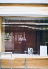 selfie (Yumeboo) Tags: film pen half 大阪