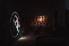 Maison Noilly Prat (lesphotosdepatrick) Tags: maisonnoillyprat marseillan clairobscur penombre vin wine vermouth fujifilm fujifilmx100f fujilove fujix velvia drymartini shakennotstirred