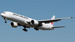 Japan Airlines Boeing 777-346/ER JA738J (StephenG88) Tags: londonheathrowairport heathrow lhr egll 27r 27l 9r 9l boeing airbus august25th2019 25819 myrtleavenue renaissanceheathrow japanairlines jal jl 777 77w 777300er 777346er ja738j