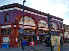 Tufnell Park London Underground Station (Local Bus Driver) Tags: london underground station tfl lul tufnell park