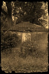 Pump House (Dave Linscheid) Tags: shed old abandoned wood sepia texture textured smartphotoeditor rural farm country agriculture butterfield watonwancounty minnesota mn usa