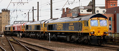 Class 66: 66705 + 66712 + 66783 + 66713 + 66623 Newcastle Central (emdjt42) Tags: class66 newcastlecentral 66705 66712 66783 66713 66623 freightliner gbrf