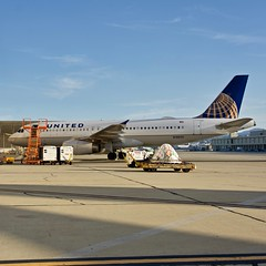 United Airlines 2006 Airbus 320 c/n 3714 ex China Southern Airlines. San Francisco Airport 2019. (17crossfeed) Tags: unitedexpress unitedairlines chinasouthernairlines airport aviation airplane aircraft flying flight pilot planes planespotting plane b6278 n1902u 2714 claytoneddy 17crossfeed tower taxi takeoff maintenance airbus 320 engine 380 319 350