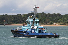 Ship. Lomax 9657832 (dickodt65) Tags: ship southampton tug lomax