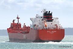 Ship. Betty Knutsen 9172870 (dickodt65) Tags: ship southampton tanker fawley betty knutsen