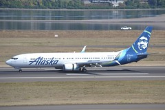 N434AS (LAXSPOTTER97) Tags: n434as alaska airlines boeing 737 737900er cn 61620 ln 5825 aviation airport kpdx airplane