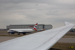Airbus A350 taxying to the departure runway 27L (Niquinho) Tags: a350 787 heathrow lhr ba british airways