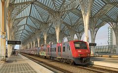 CP2342 Lisbon Oriente 10/09/2019 (Waddo's World of Railways) Tags: cp2300 lisbon portugal train station roof lisbonoriente lisbonorientestation cp