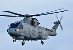 Merlin ZH856 (np1991) Tags: royal air force raf lossiemouth lossie moray scotland united kingdom uk nikon digital slr dslr d7200 camera nikor 300mm f28 prime lens aviation planes aircraft navy rn merlin hm2 helicopter helo chopper hms prince wales zh856