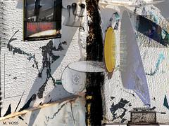 Round Bridge (Marcelo Voss) Tags: art bridge yellow pingpong gramophone dog dark void texture music concrete