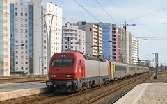 5607 Lisbon Oriente 10/09/2019 (Waddo's World of Railways) Tags: 5600 5607 lisbon lisbonoriente lisbonorientestation train rail railway loco locomotive station class5600 cp5600 cp portugal