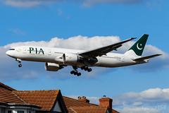 AP-BGJ | Pakistan International Airlines | Boeing 777-240(ER) | LHR/EGLL (Tushka154) Tags: 777200 apbgj spotter london boeing 777 unitedkingdom pakistaninternationalairlines heathrow 777240er aircraft airplane avgeek aviation aviationphotography boeing777 boeingtripleseven planespotter planespotting spotting tripleseven uk
