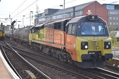 70802 passing Newcastle (Tom 43299) Tags: train newcastlerailwaystation newcastle colasrail colas class70 70802
